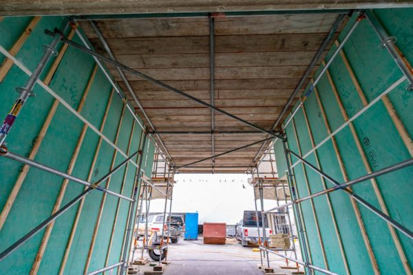 gold_group_scaffolding_shrinkwrap_safety_nets_canterbury_momac_small_176