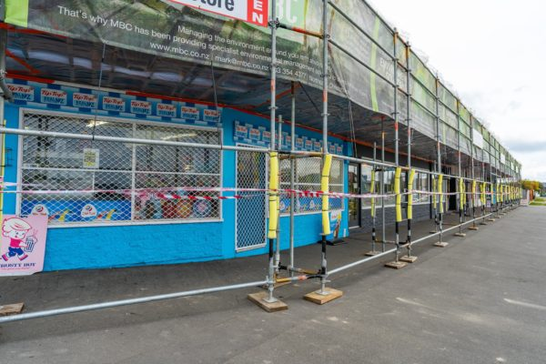 gold_group_scaffolding_shrinkwrap_safety_nets_canterbury_momac_small_182