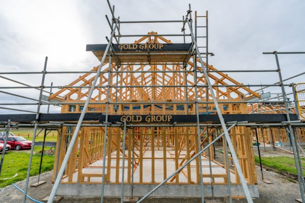 gold_group_scaffolding_shrinkwrap_safety_nets_canterbury_momac_small_194